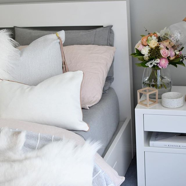 Happy Tuesday guys 💐 . . . #bedroom #dreamhome #dream_interiors #countryroadstyle #finahem #norsuinteriors #mynordicroom #whiteinterior #passion4interior #freedomaustralia #interior #interior123 #interior4all #interior9508 #instagood #instahome #interiorforyou #interiordecor #norsuinteriors #loveadairs #homedecor #decoration #decor #interiorforinspo #nordic #nordicinspiration #simonsayshome #interior125 #interior444 #scandinaviandesign