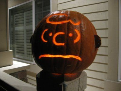 """Brings a new meaning to the phrase """"pumpkin head."""" Good grief! For all your carving needs, check out Pumpkin Masters' tools: http://www.pumpkinmasters.com/. Charlie Brown themed pumpkin via Ken Jennings."""