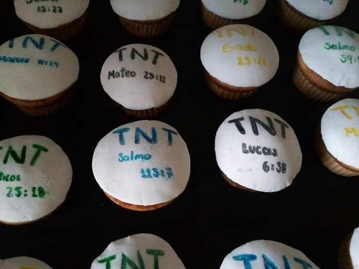 Cupcakes para celebrar!!...¡Domicilios sin costo en Bogotá!.. Pedidos, contacto, información al celular/whatssap: 3013588405
