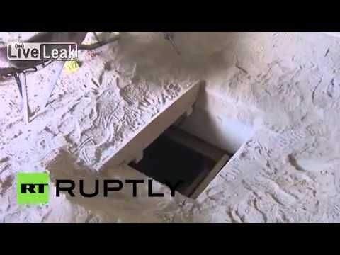 This is the tunnel drug lord El Chapo escaped from - YouTube