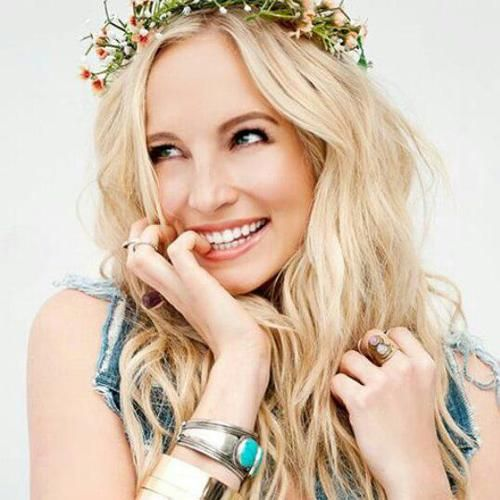 #TVD The Vampire Diaries  Candice Accola(Caroline Forbes)