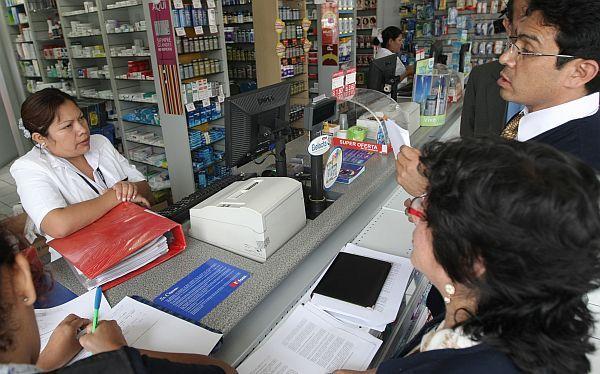Tres cadenas farmacéuticas poseen el 81,8% de las ventas de medicamentos #retailfarmaceutico #cadenadeboticas