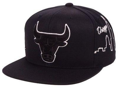 reputable site 7f43b 03335 Chicago Bulls Mitchell   Ness NBA Cityline Snapback Cap