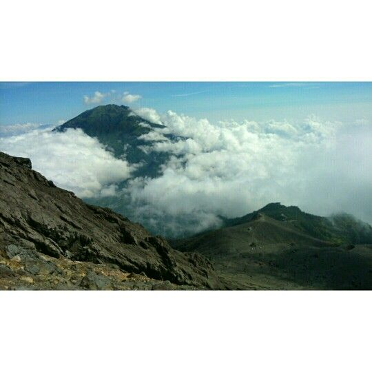 The beauty of mount merapi indonesiaaa cuk!!!
