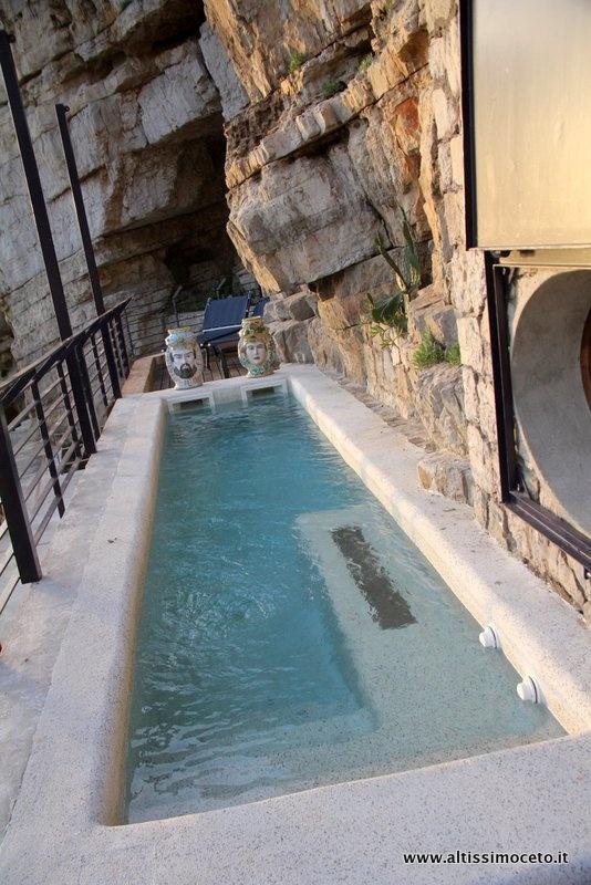 Private Pool in La Marité Suite - Capo La Gala Hotel – Vico Equense (NA) – GM Vincenzo Acampora http://www.altissimoceto.it/2013/04/05/capo-la-gala-hotel-%E2%80%93-vico-equense-na-%E2%80%93-gm-vincenzo-acampora/