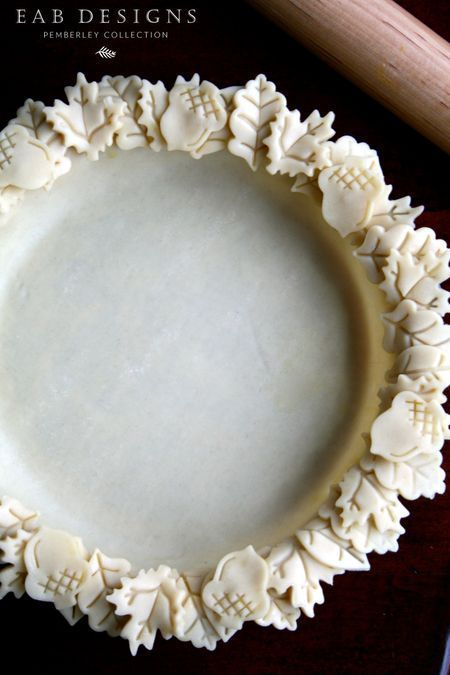 Baking pie today! eabdesigns.typepad.com #leafedgedpiecrust #piecrust…