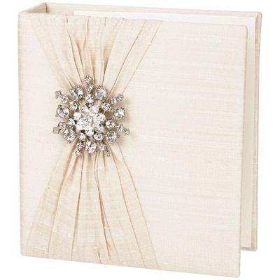 Ivory Silk with Snowflake Brooch Photo Album from @Layla Grayce #laylagrayce #wedding #album