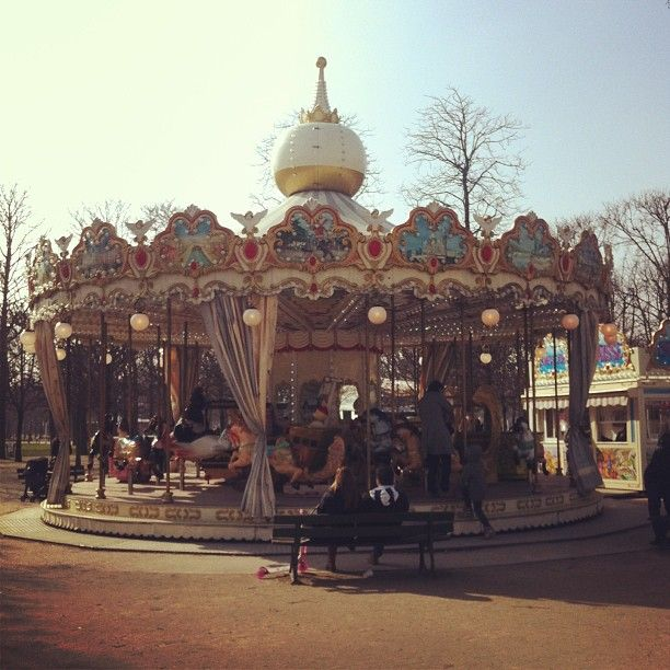 We spotted the carousel from Amelie!