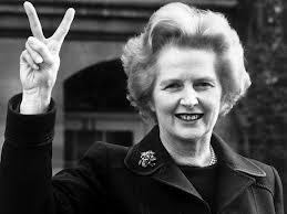 MARGARET THATCHER  es una política británica que ejerció como primera ministra del Reino Unido desde 1979 a 1990, siendo la persona en ese cargo por mayor tiempo durante el siglo XX y la única mujer que ha ocupado este puesto en su país. Apodada «La Dama de Hierro» por su firme oposición a la Unión Soviética, implementó una serie de políticas conservadoras que llegaron a ser conocidas como thatcherismo...