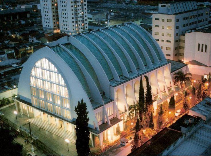 CCB do Brás, SP, Sede da Congregação Cristã no Brasil, Igreja fundada no Brasil por Luigi Francescon, sendo a primeira denominação Pentecostal do Brasil fundada em 1910