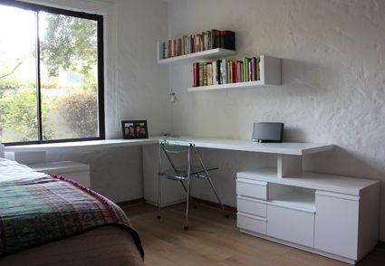 Escritorio, mueble de apoyo