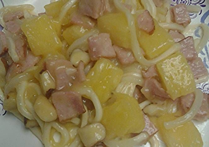 Udon pineapple and ham Recipe -  Yummy this dish is very delicous. Let's make Udon pineapple and ham in your home!