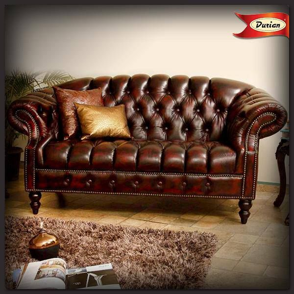 Go #vintage with this tufted #sofa! Team it up with copper #cushions, a rug-carpet and a #traditional side stool for maximum #style!