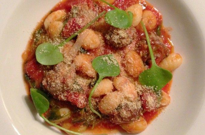 Gnocchi met postelein, tomaat en knoflook-salie gehaktballetjes | Francesca Kookt!