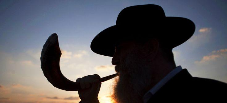 5776 еврейский Новый год, Рош ха-Шана, начался в этом году вечером 13 сентября и заканчивается сегодня вечером.