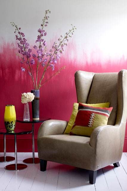 Pink/White ombre wall - inspiration for canvas
