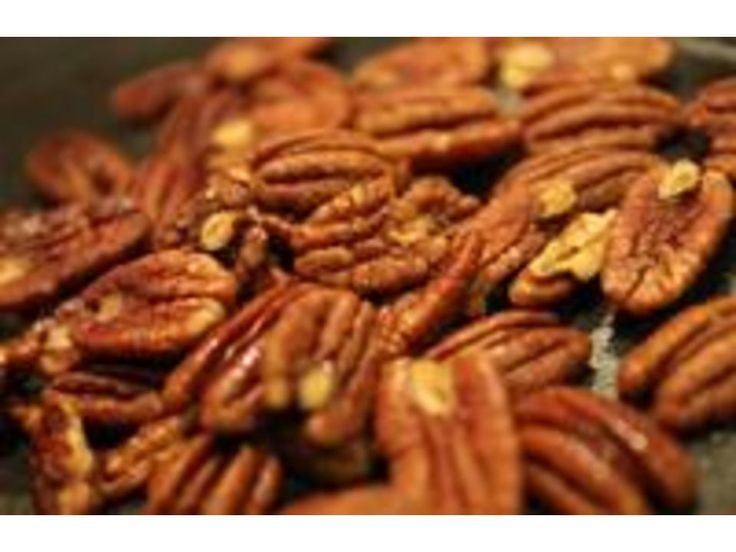 How to Roast Pecans: I should have took them out of the freezer prior to roasting since they never got roasted lol oops... Made 10-4-14