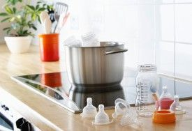 How to Sterilize Baby Bottles & Other Baby Accessories   https://www.cleanipedia.com/gb/materials-surfaces/how-to-sterilise-baby-bottles-and-other-baby-items?utm_content=buffer06f7b&utm_medium=social&utm_source=pinterest.com&utm_campaign=buffer