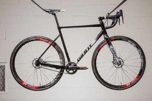 Adam Craig's Limited Edition Giant TCX SLR SS