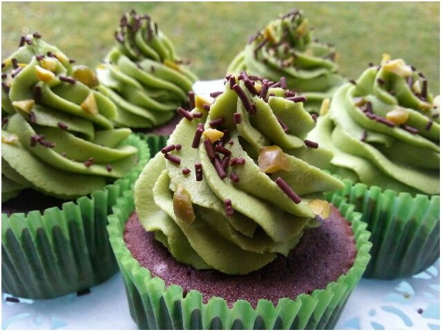 #cupcake#chocolat#pistache http://www.sweetycake.net/#!cupcake/c119m