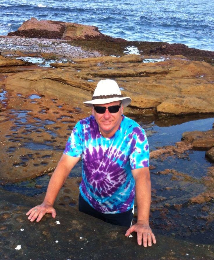 It's Tie Dye at Dee Why Beach for Elly Baba's Treasures. My Model Paul G see our full spread of our photo shoot on FB. #ellybabastreasures #tiedye #photoshoot #PaulG #tops #colour #by EllyG