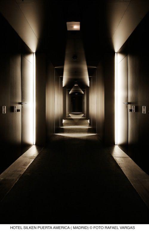 Resultados de la Búsqueda de imágenes de Google de http://www.hoteles-silken.com/hotel-puerta-america-madrid/wp-content/themes/silken/images/galeria/exteriores/hotel-puerta-america-madrid/plantas/grandes/foto03-2_g.jpg