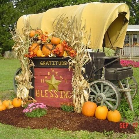 outdoor fall decor - Fall Harvest Decor