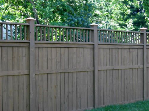 Earth Tone Vinyl Fencing With Decorative Top Is Easy On The Eyes