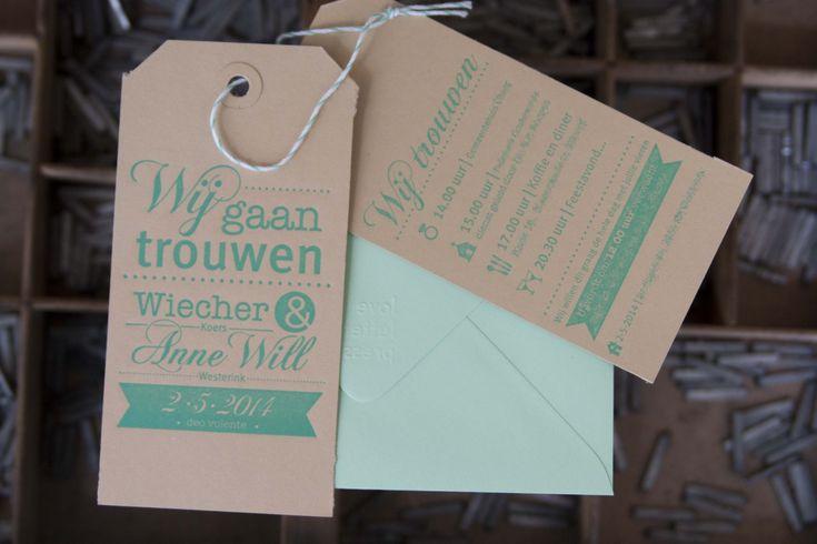 Prachtige uniek trouwkaarten in de techniek Letterpress! Elk kaartje wat van de drukpers komt is met de hand gemaakt. De liefde voel je in het papier. Het word in de het papier gedrukt. Een bruiloft is een ontzettende persoonlijke dag en daar hoor ook een