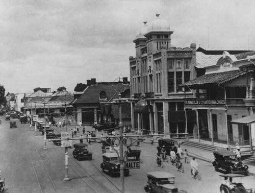 Jalan Pasar Besar / Jl. Pahlawan.1920