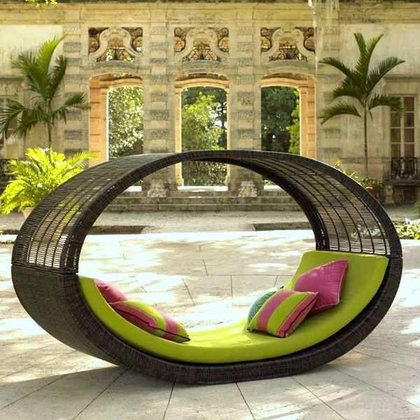 Hang, Swing & Relax With Hammocks Anywhere You Want To-Outdoors Or Indoors  #HammockDesigns #HangingHammock #Swings #HammockChair #CoorporateHammock #IndoorHammock #OutdoorHammock