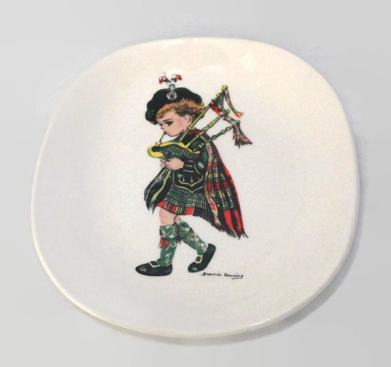 Scottish Bagpiper Dish, J.H. Weatherby, English Ceramic, Australian Artist, Brownie Downing Ceramics