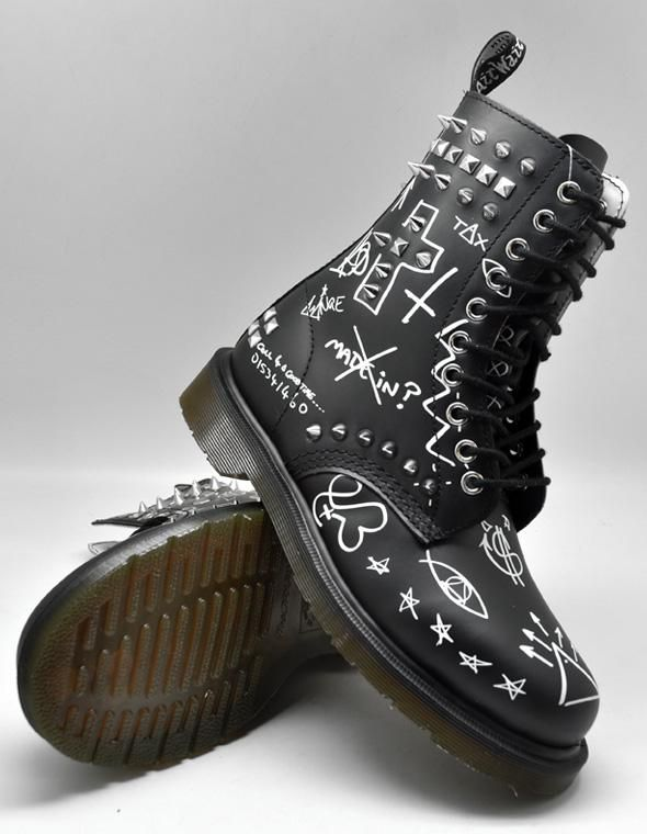 Boots Dr Martens Maychild Graffiti Smooth