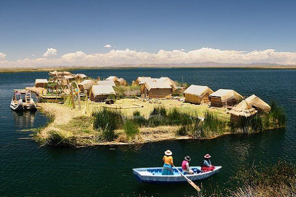 Descubre el #archipiélagoartificial de los #Uros en el #LagoTiticaca, entre los territorios de #Bolivia y #Perú. El conjunto de #islasflotantes y sus tradicionales #aldeas, han sido construidas por los #pobladores #Uros de la zona. Las #costumbres y #antiguosmitos de esta comunidad se han transmitido de #generación en generación, manteniendo viva la #cultura #ancestral de una de las #civilizacionesandinas más antiguas. ¡Adéntrate en este #maravilloso #mundo! Consúltanos…