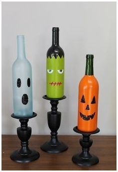 How cute are these? Get a free copy of '25 Things to Do with Wine Bottles' at WomanFreebies. com