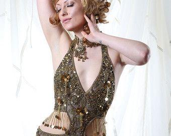 Cuerpo de bailarina adornada lentejuelas por Talulahblueburlesque