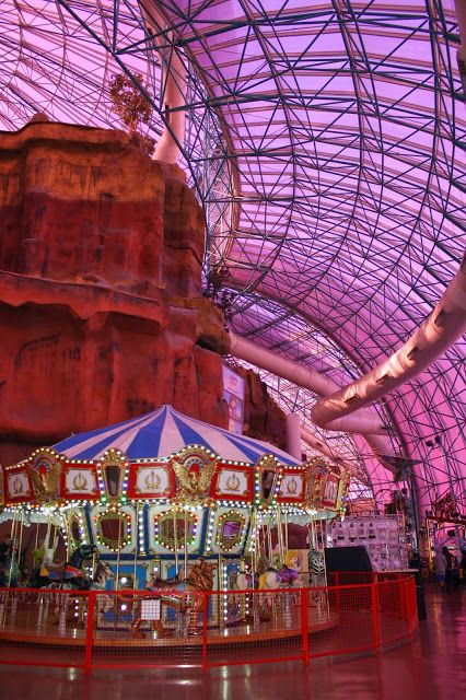 any tots: Things to do in Vegas with Kids: Our Fun Stay at Circus Circus Hotel