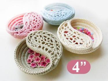"Crochet basket, yin yang Jewelry dish 4"""