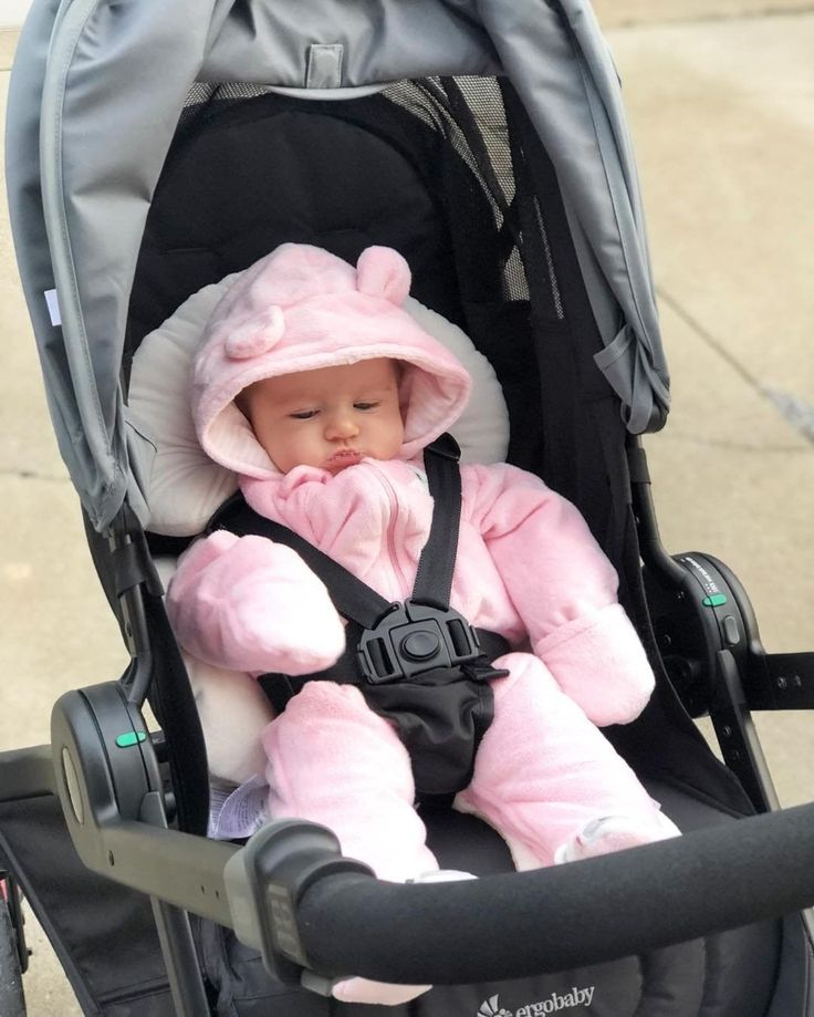 Keep babies snug & cozy in the #180Reversible stroller. Our stroller is newborn ready
