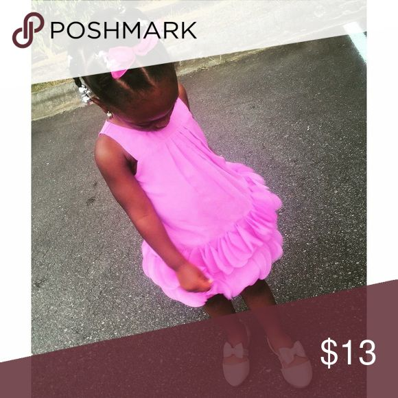 🌷 Fuschia Dress 🌷 Beautiful fuschia dress purchased from Target. My daughter wore the dress once to a wedding. Size 3T. Dresses