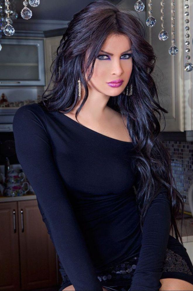 69 Best Beautys Images On Pinterest  Beautiful Women -4385