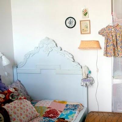 Je cherche des idées pour une tête de lit 1 personne pour ma Rosalie... Vos idées sont les bienvenues !