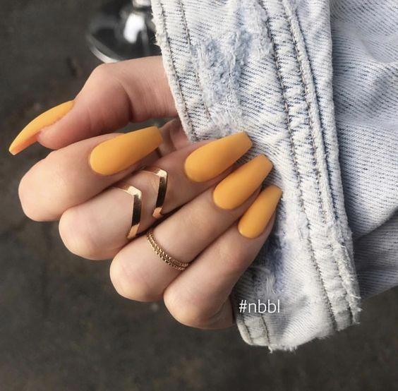 Colores de uñas que ya es hora de que te atrevas a usar #acrylicnails