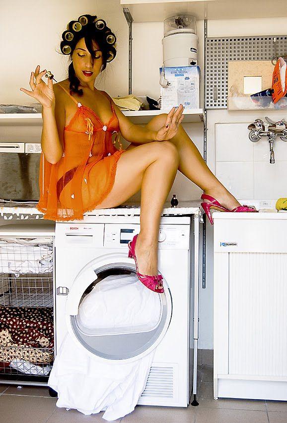 Come trattare i tessuti da lavare qui: http://tormenti.altervista.org/come-trattare-i-tessuti-da-lavare/