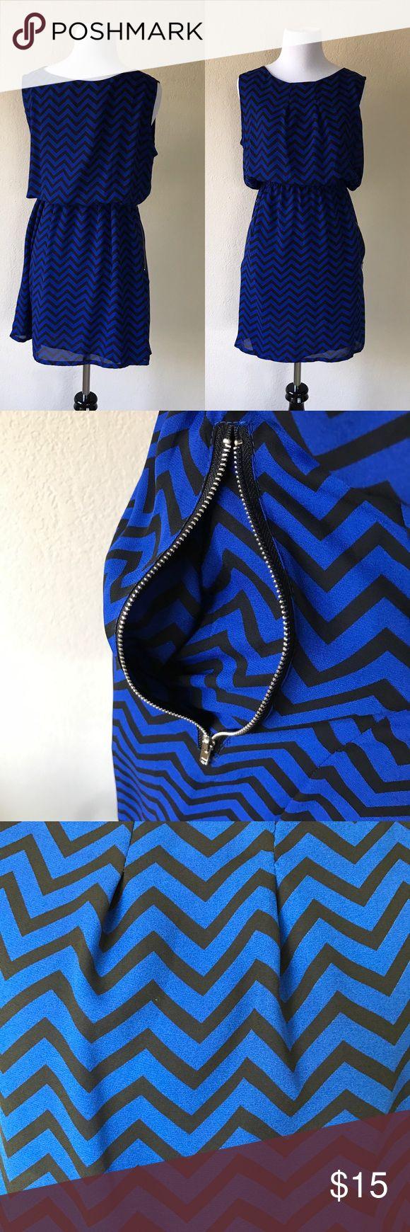 NWOT Sleeveless Blue Chevron Dress Material 100% Polyester / Zipper Pockets on both sizes / elastic waist SML Dresses