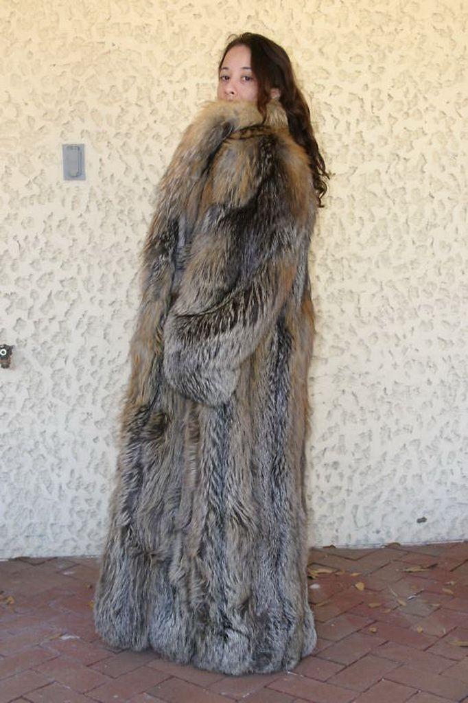 Massive Fur Coat Han Coats