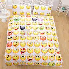 Resultado de imagen para ropa de emojis