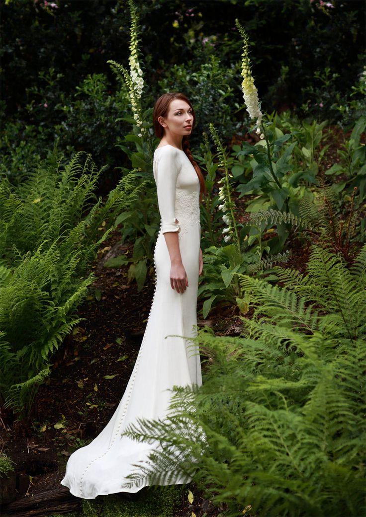 Bella Swan wedding dress by Elizabeth Stuart