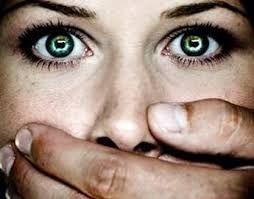 #storie #stalking #violenza..ecco le storie che ci giungono ogni giorno.. Perche' parlare é buttare fuori..