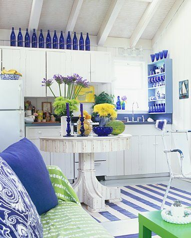 cobalt blue and white - Already love blue glass and daisies in my kitchen... A bit much but I still like some of the ideas.